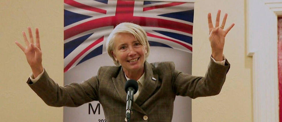 Emma Thompson dans la série Years and Years
