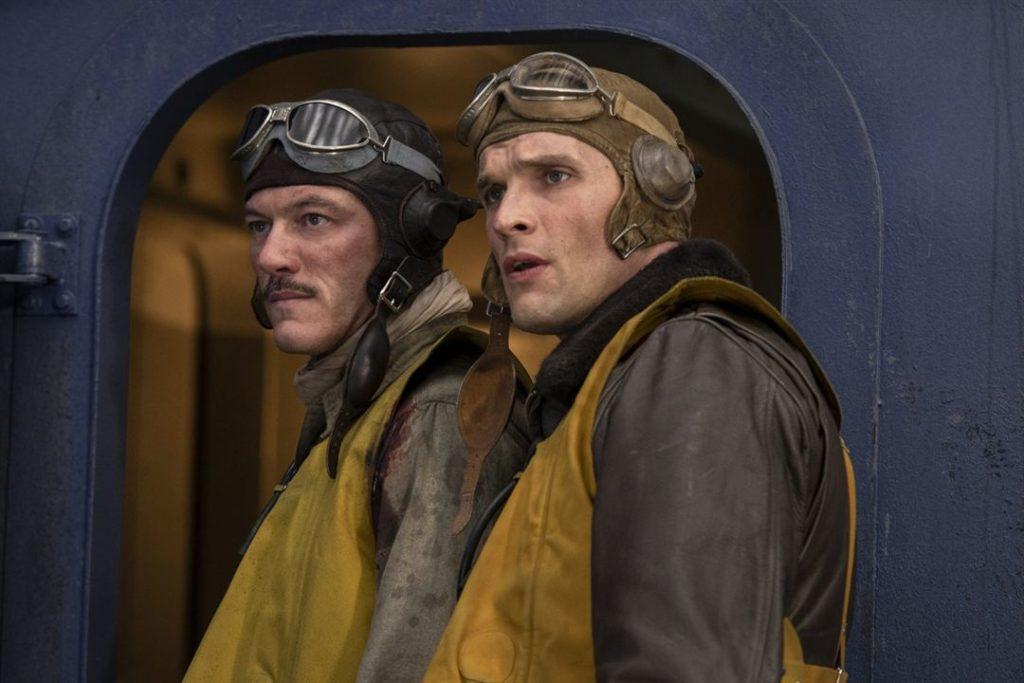 Ed Skrein et Luke Evans dans le film Midway
